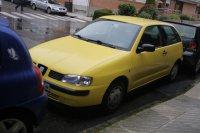 żółty Seat